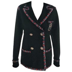 Chanel 2012 12A Paris-Bombay Black & Red Beaded Crest Patch Jacket FR 38/ US 4 6