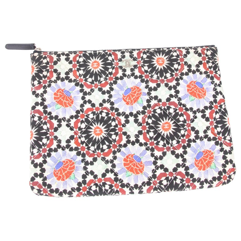 Chanel 2014 Dubai Quilted Multicolor Flower Limited Edition Clutch Bag For Sale