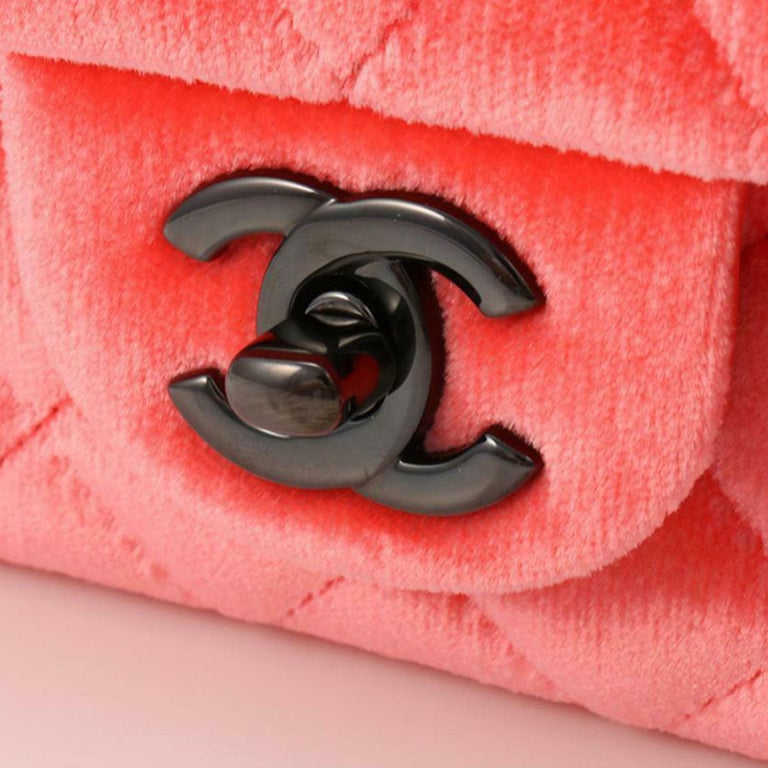 Women's Chanel 2014 Coral Velvet Small Medium So Black CC Classic Flap For Sale