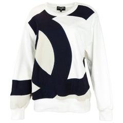 Chanel 2018 Black and White CC Colorblock Crewneck Sweater sz FR 50 rt. $2K+