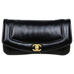 Chanel 2019 NEW Black Shiny Lambskin Vintage Puffy Clutch Bag w Tag/Box/Receipt