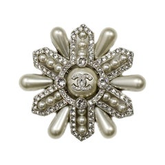 Chanel 2019 Strass Crystal and Faux Pearl CC Brooch rt. $1,400