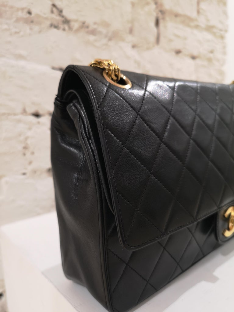 Chanel 2.55 Black Leather Shoulder Bag In Excellent Condition In Capri, IT