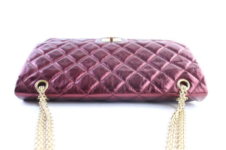 79a220eca7e19f Chanel 2.55 Reissue 227 Flap 11cr0522 Metallic Burgundy Quilted Shoulder Bag  For Sale 1