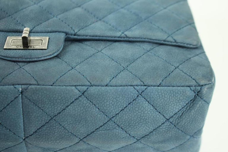 Chanel 2.55 Reissue Classic Flap Caviar Jumbo 72cca3117 ...