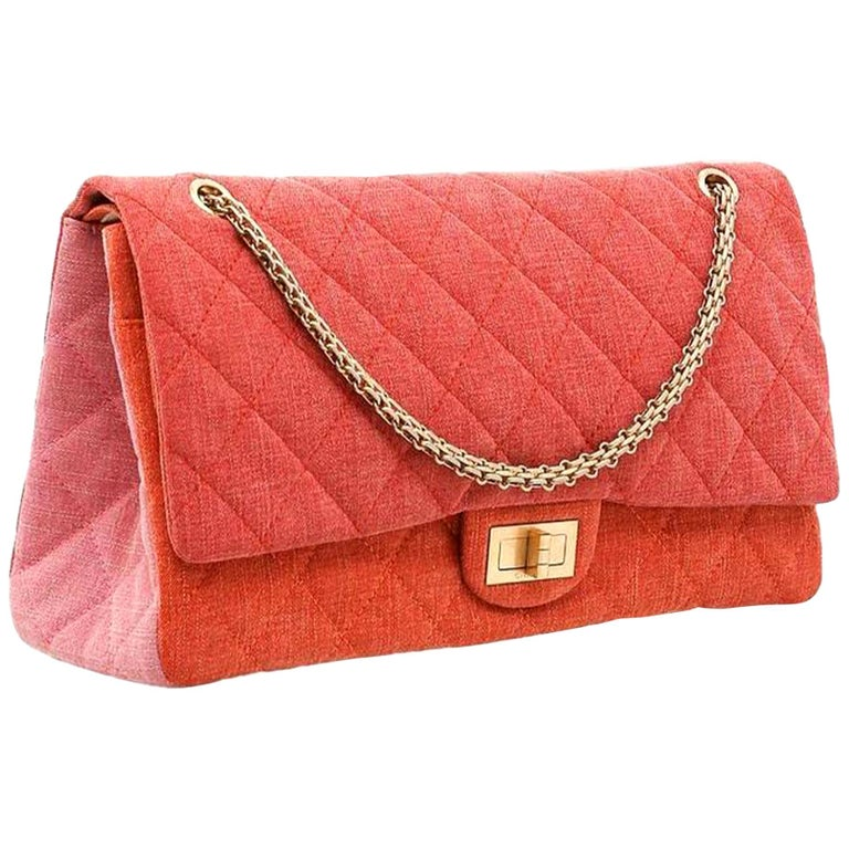Chanel 2.55 Reissue Double Flap Maxi Classic Limited Edition Red Pink Linen Bag For Sale
