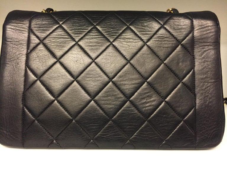Women's or Men's Chanel 25cm Diana Shoulder Bag  For Sale