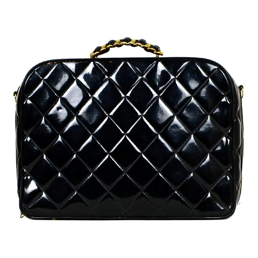 Chanel '90s Vintage Black Patent Leather Quilted Zip Around Bag