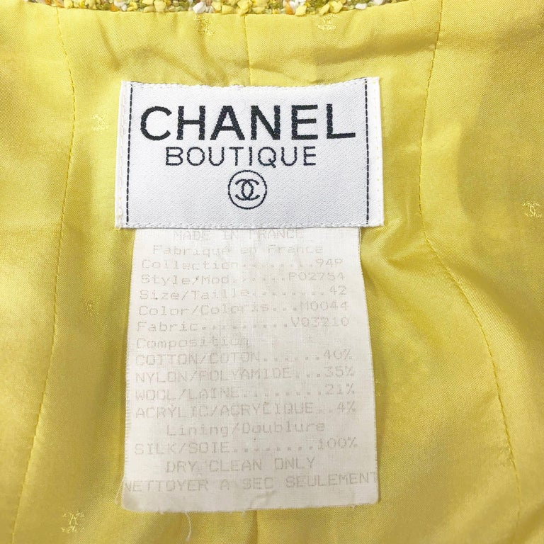 Chanel 94P Vintage Jacket Yellow Fantasy Tweed Gold CC Buttons  For Sale 3