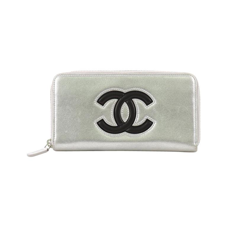 a3ffdc7818d2 Chanel Airlines CC Zip Wallet Lambskin Long For Sale at 1stdibs