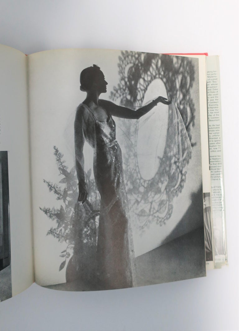 Chanel and Her World, Library or Coffee Table Book, ca 1979 For Sale 10