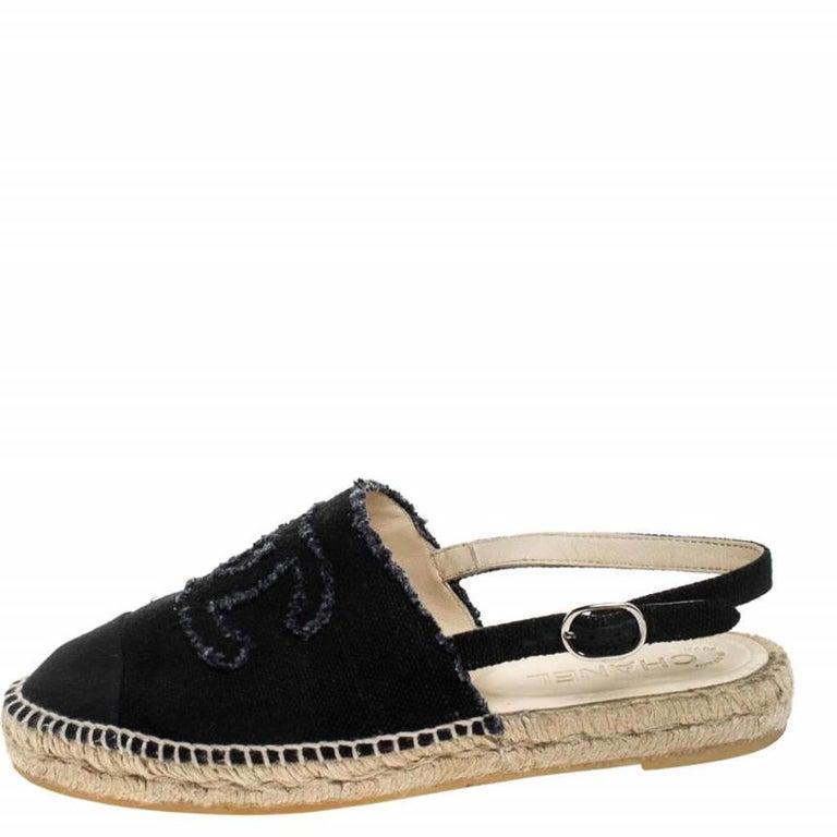 Chanel Back Canvas CC Espadrille Slingback Flat Sandals Size 39 For Sale 1