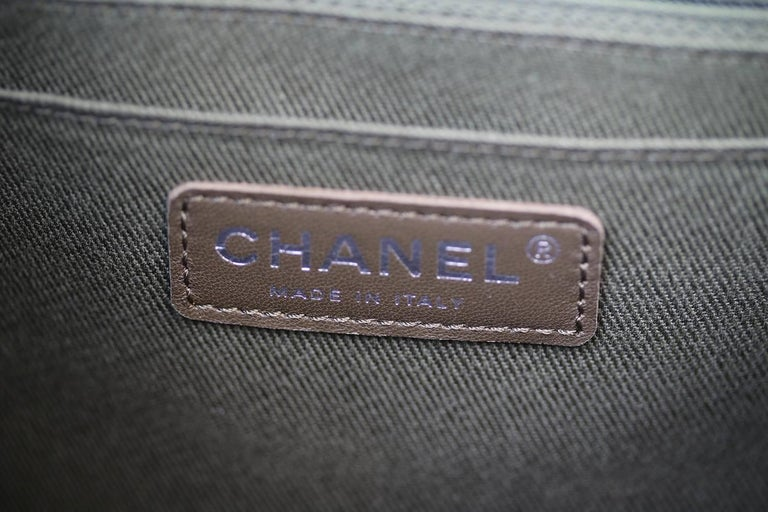 67448ac309ed Chanel Backpack Pocket Bag in Woven Tweed and Canvas For Sale 3
