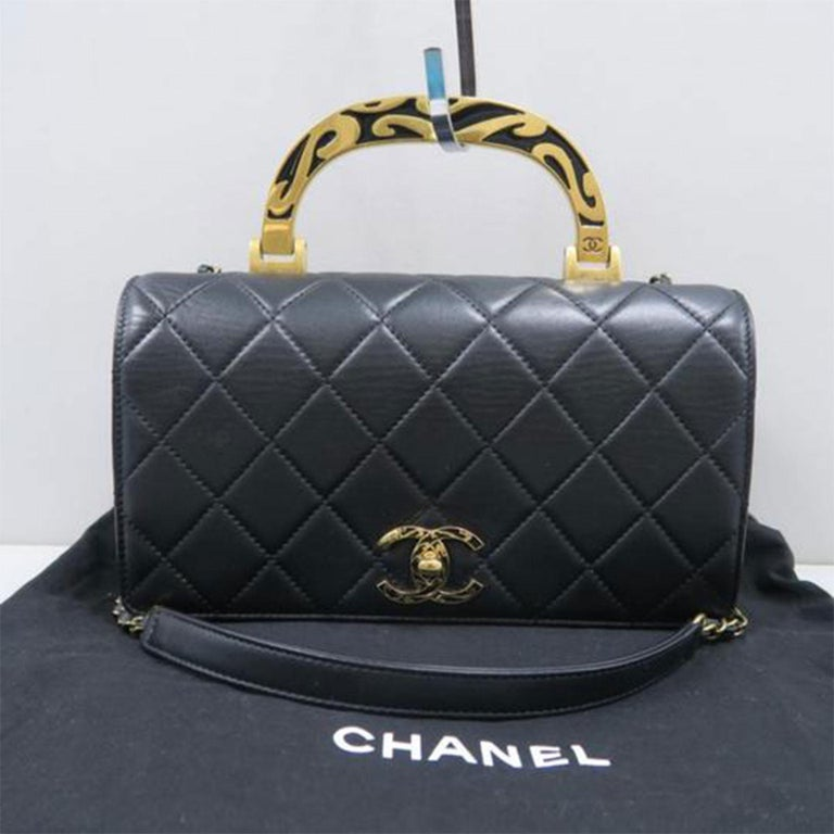 Chanel Bag with Classic Flap Crossbody Rare Enamel Top Handle Black Lambskin Bag In Good Condition For Sale In Miami, FL