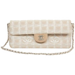 Chanel Baguette Bag in Beige Fabric and Leather