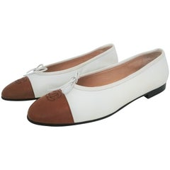 Chanel Ballerina Ballet Flats - Bicolor White and Caramel - NEW, size 40 1/2