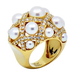 Chanel Baroque Matelasse' Pearl and Diamond 18 Karat Gold Large Ring