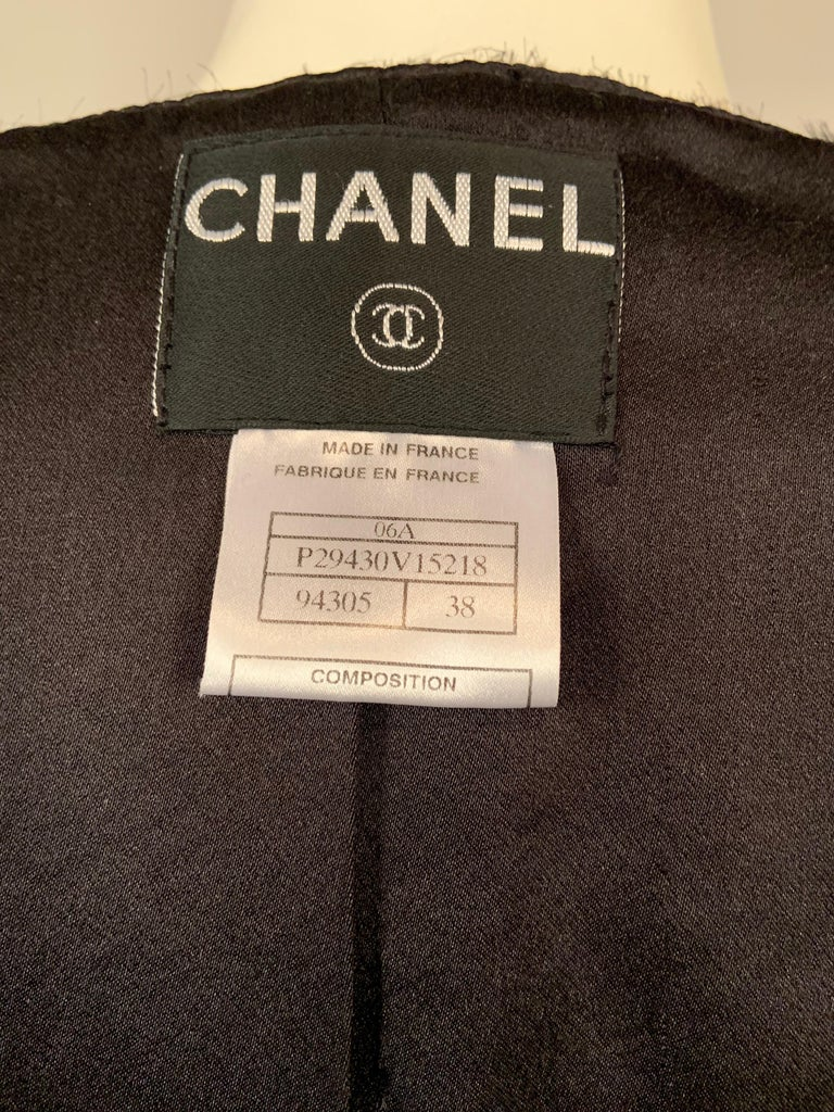 Chanel Beaded and Embroidered Black Wool Boucle and Satin Ribbon Jacket For Sale 7