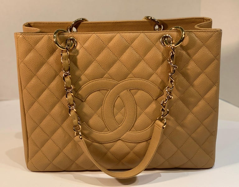 Chanel Beige (20) Matelasse Quilted Caviar Leather Gold Chain Grand Shopping Bag In Good Condition For Sale In Tustin, CA