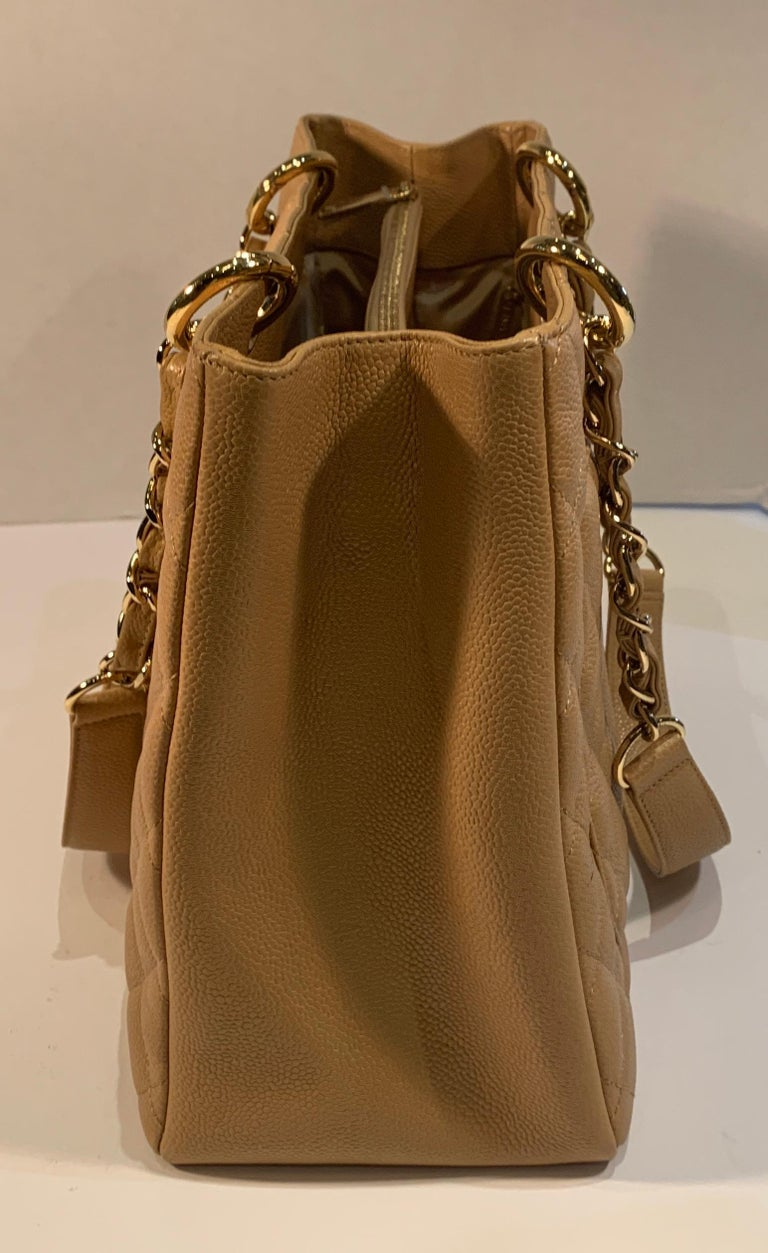 Chanel Beige (20) Matelasse Quilted Caviar Leather Gold Chain Grand Shopping Bag For Sale 2