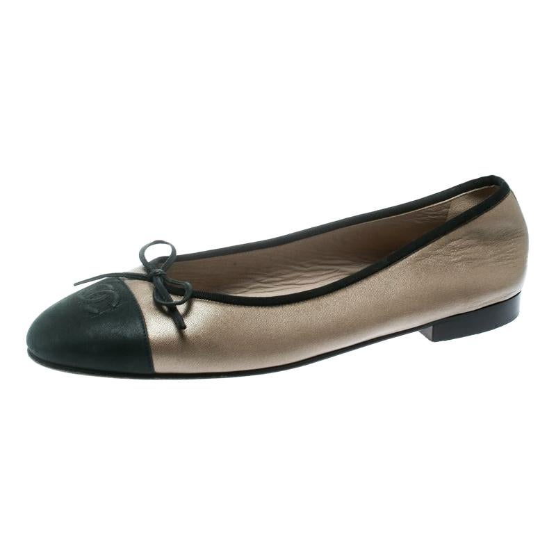 3b234f6baa7d Vintage Chanel Shoes - 356 For Sale at 1stdibs