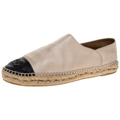 Chanel Beige/Black Leather CC Cap Toe Slip On Espadrilles Size 41