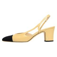 Chanel Beige/Black Leather & Grosgrain Cap Toe Slingback Heels sz 37