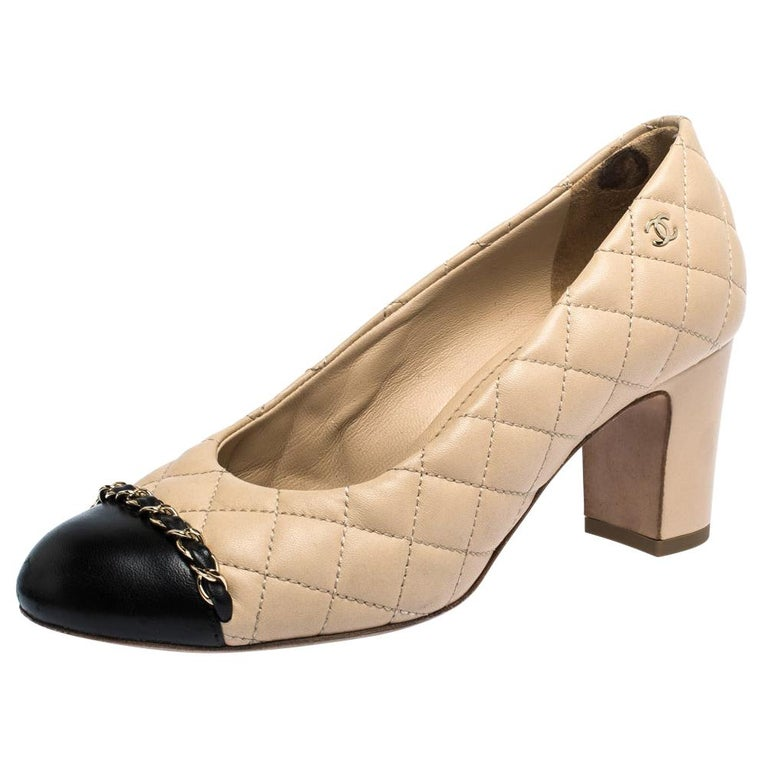Chanel Beige/Black Quilted Leather Chain Detail Block Heel Pumps Size 36 For Sale