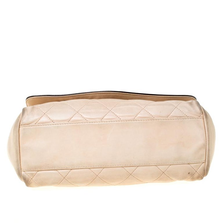 Chanel Beige/Black Quilted Leather Reissue Shoulder Bag For Sale 5