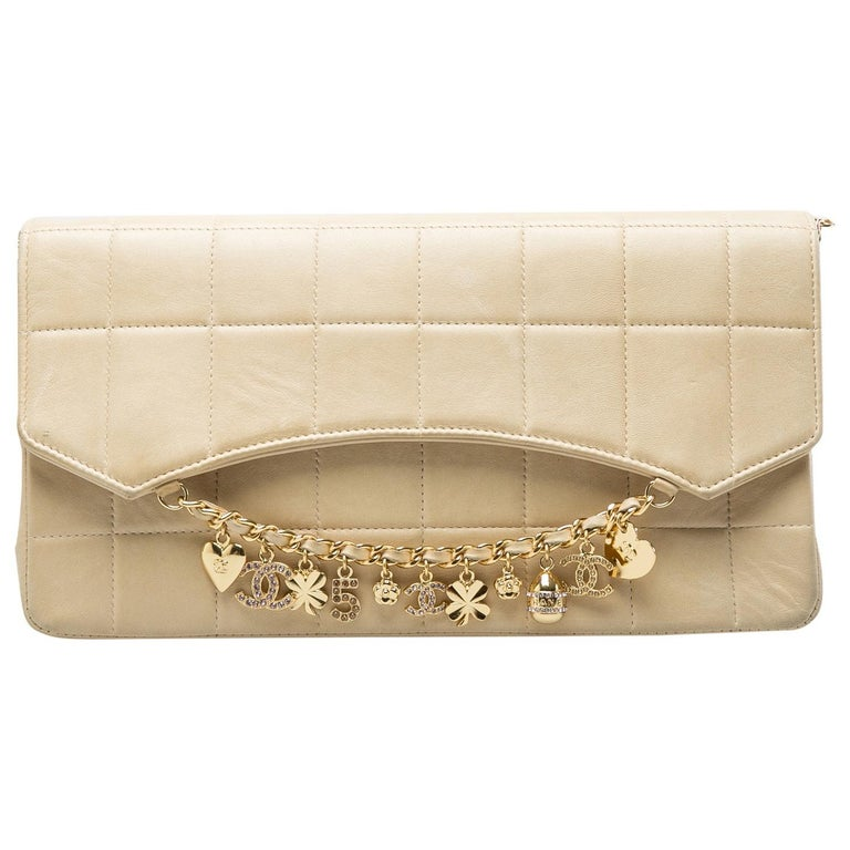 Chanel Beige Chocolate Bar Leather Lucky Charms Chain Bag For Sale 3