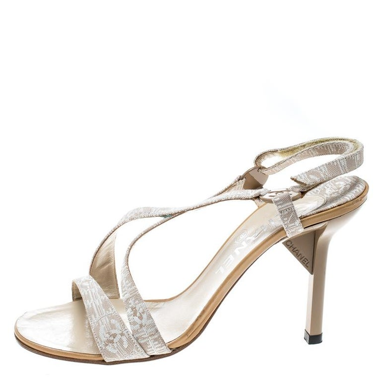 f4c8903ebd7 Chanel Beige Fabric CC Logo Slingback Sandals Size 37 For Sale at ...