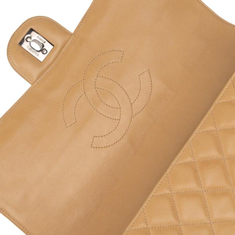 Women's Chanel Beige Lamb Skin Leather Clutch For Sale