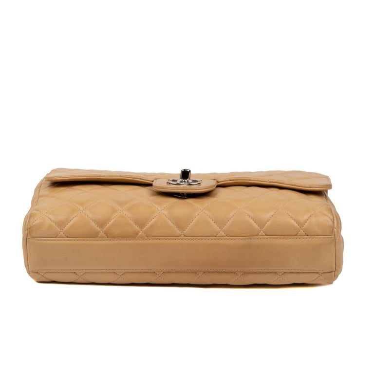 Chanel Beige Lamb Skin Leather Clutch For Sale 4