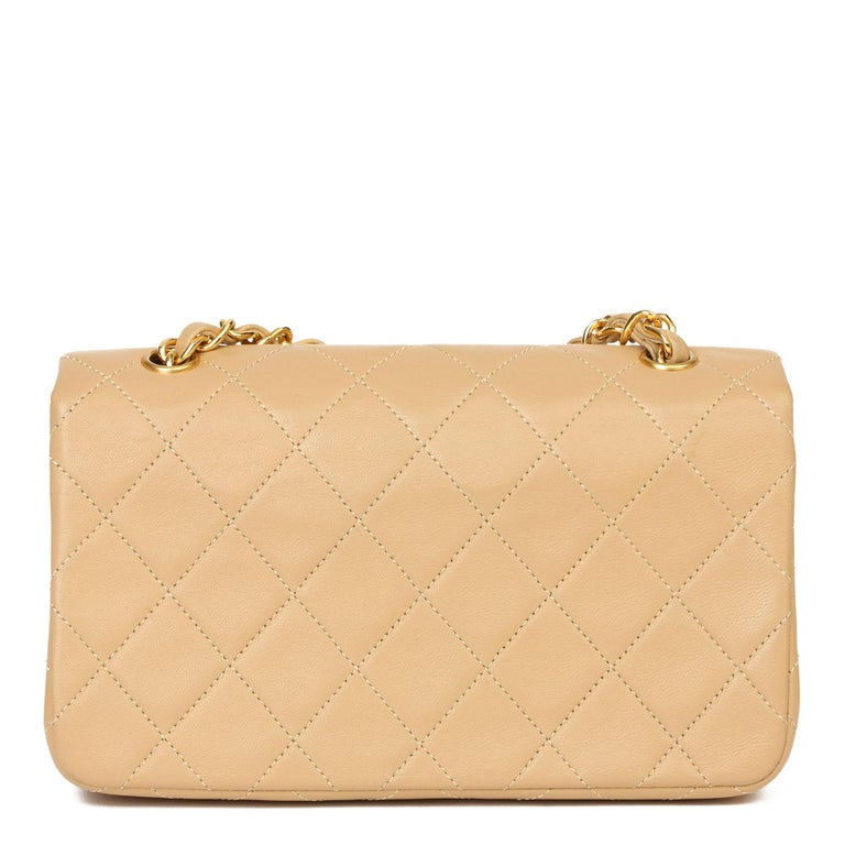 Chanel Beige Quilted Lambskin Vintage Mini Flap Bag In Excellent Condition For Sale In Bishop's Stortford, Hertfordshire