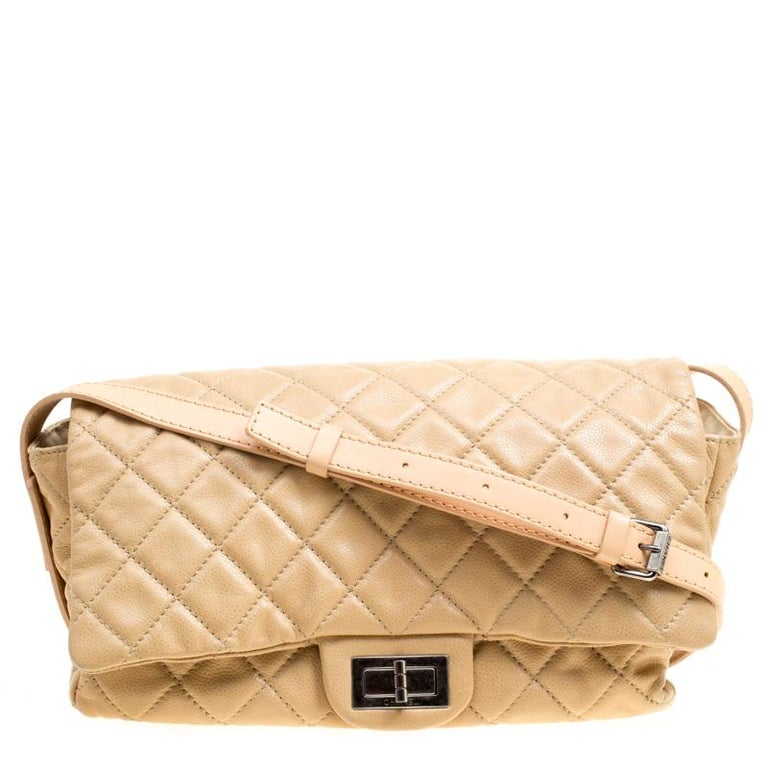 51638dd83b5843 Chanel Beige Quilted Leather Crossbody Bag For Sale at 1stdibs