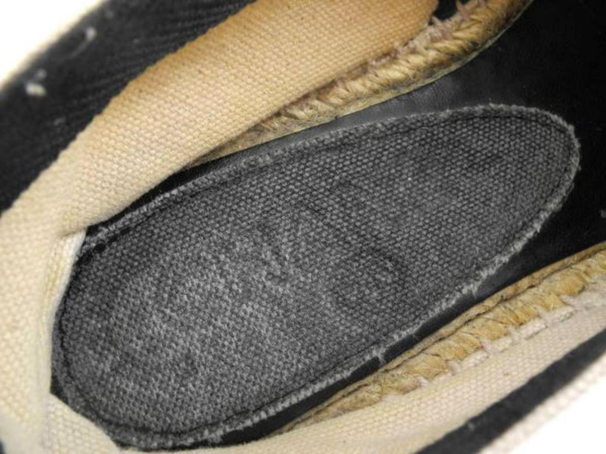 d3ccd1b00968 Chanel Beige X Black Cc Logo Espadrilles 224606 Flats For Sale at 1stdibs