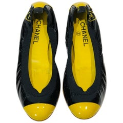 Chanel Bi Toned Black and Yellow Patent Leather Flats