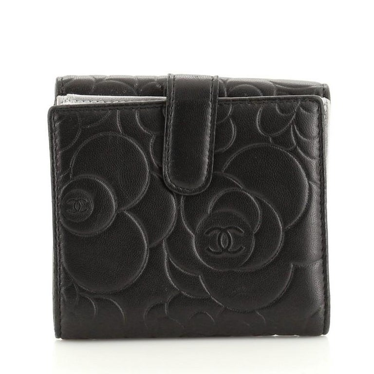 Black Chanel Bifold Wallet Camellia Lambskin Compact For Sale