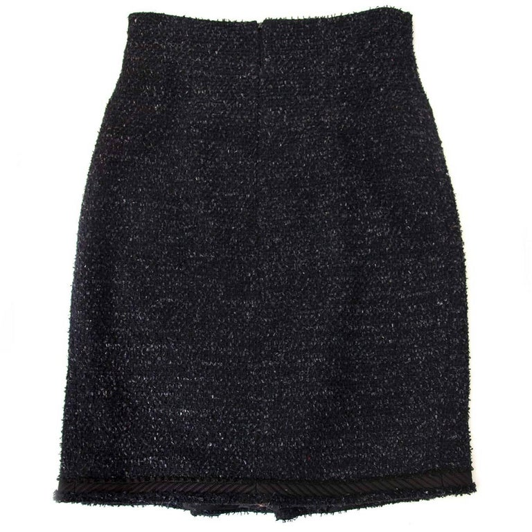 Chanel Black & Blue Tweed Skirt - Size 38 (FR)