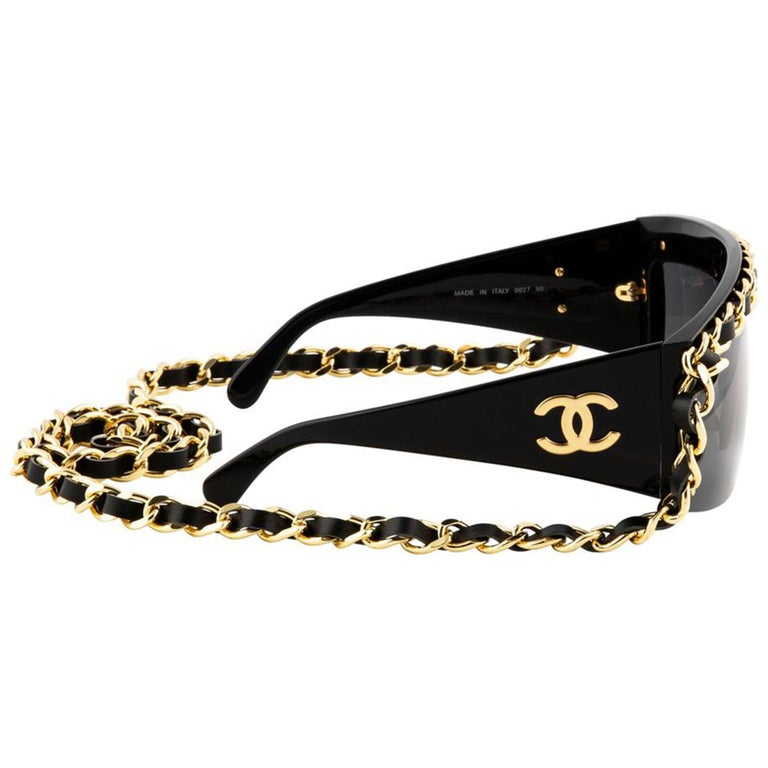 Chanel Black and Gold Rare Vintage Runway Chain Sunglasses In Good Condition For Sale In Miami, FL