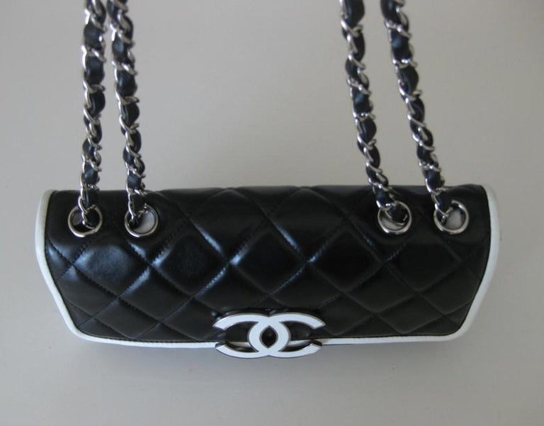 Chanel Black and White Cruise Logo Accordion Jumbo Classic Flap Bag  For Sale 2