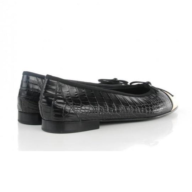 Women's or Men's Chanel Black and White Limited Edition & Crocodile Alligator Ballet 39.5 Flats For Sale
