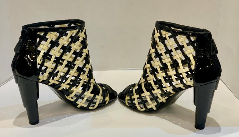Chanel Black and White Patent Leather Cage Peep Toe Booties Shoes Size 41 or 11 For Sale 2