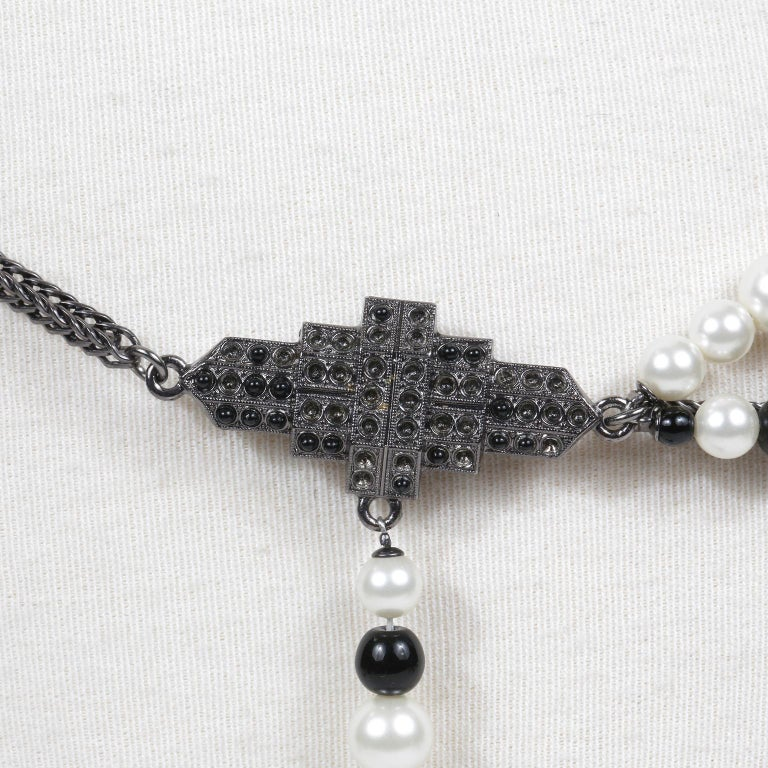Women's Chanel Black and White Pearl Tassel Belt Necklace For Sale