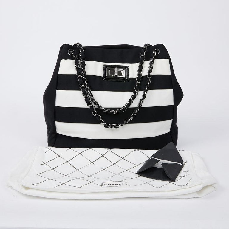 Chanel Black and White Two-Tone bag For Sale 1