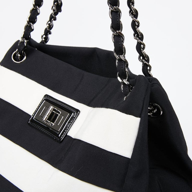 Chanel Black and White Two-Tone bag For Sale 5