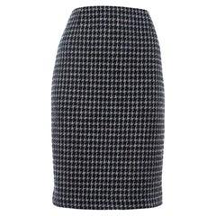 Chanel Black & Beige Tweed Back Button Detail Knee Length Skirt M