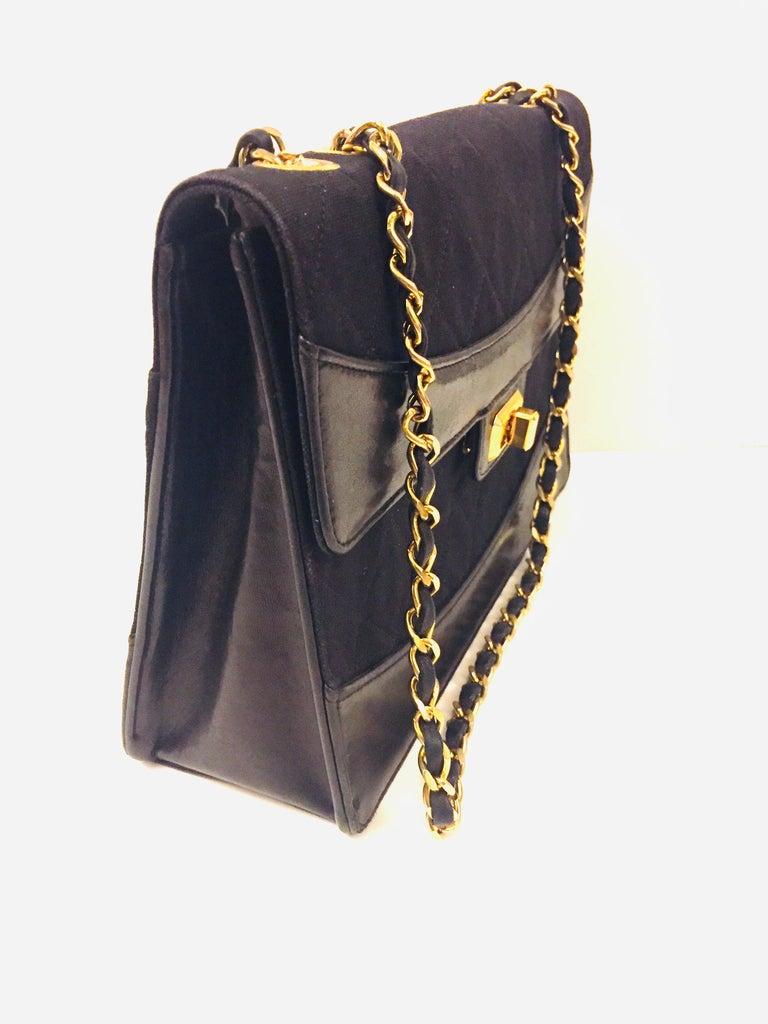 Black Chanel black canvas/leather shoulder bag  For Sale
