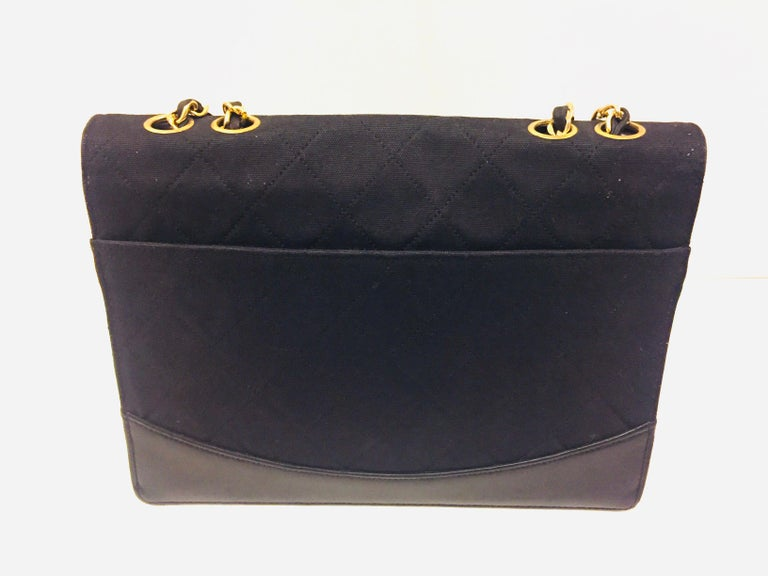Chanel black canvas/leather shoulder bag  In Excellent Condition For Sale In Sheung Wan, HK