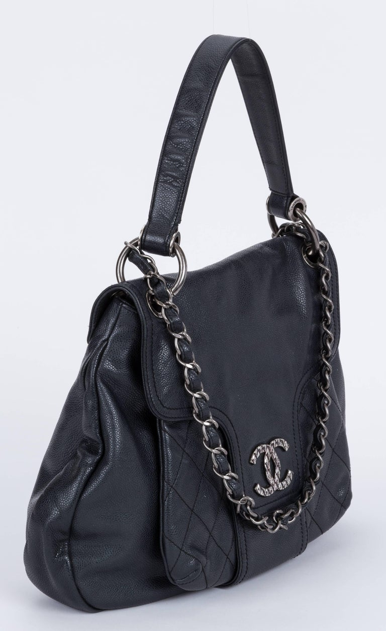 dd9f54e6534a Chanel large shoulder tote in black caviar leather and ruthenium hardware.  Outer pocked and zipped. Chanel Black Caviar 2 Way Large Tote Bag ...